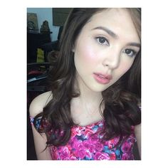 Sofia Louise Alejandre Andres @sofiaandress | Websta (Webstagram) Filipina Actress, Filipina Beauty, Star Magic, Beautiful Women, Celebs, Actresses, Vampires, Makeup Ideas, Pretty