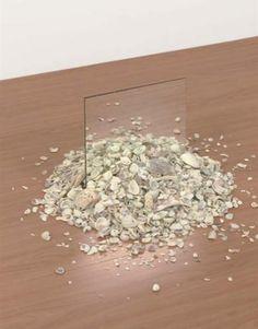 Mirror and Shell - Robert Smithson Robert Gober, Robert Smithson, Art Environnemental, Composition Art, Art Articles, Environmental Art, Art Object, Installation Art, Oeuvre D'art
