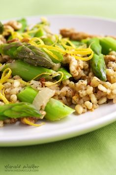 Lemony Barly Risotto with Asparagus and Walnuts