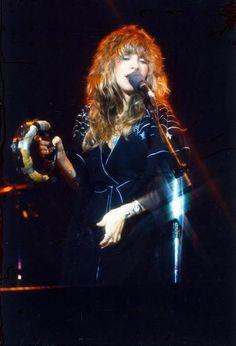 Stevie Nicks- Always want this bohemian looking hair!