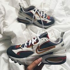 size 40 361a1 8561b Trendy Sneakers 2017  2018   Air Max Triax 97 féminine Sneakers Nike, 1990s,