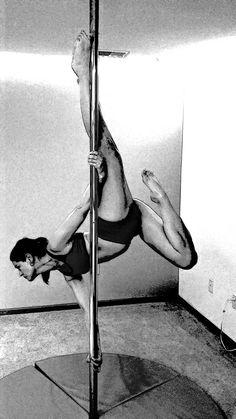 Pole Fitness - Le Poisson
