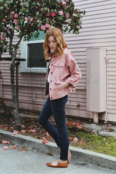 Denim Risks - Pretty Little Fawn Pink Denim Jacket, Denim Outfit, Pink Jeans, Pink Fashion, Fashion Outfits, Womens Fashion, Fashion Trends, Sunmer Dresses, Clothing Blogs