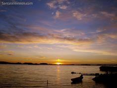 Un coucher de soleil dans l'archipel de la région de Vaasa en Finlande