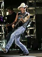 New 2013 Kenny Chesney tour dates are out, more stadium shows coming next summer!
