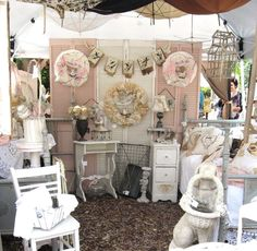 Mary's Meanderings: Delightful Display Series- Part 3- Background- Grounding your Booth