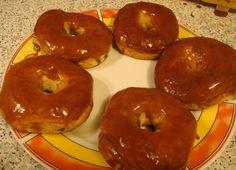 """Doi și un """"SFERT"""" ... la masă: Gogoși coapte glazurate - Donuts"""