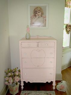 Antique Pink Chest of Drawers