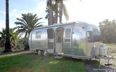 Air streams are the ultimate. I would love to Deliver my cupcakes and sale them out of this cute air stream!!!!