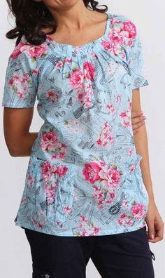 Amazon.com: KOI Medical Scrubs Dakota Print Top: Clothing