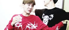 Awwww i remember this. Jhope was crying cos bts did something sweet for his birthday and everyone gave him hugs. Awww so cute!!!
