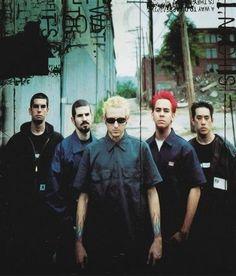 "Linkin Park, pre-Phoenix, back when Mike was the only ""ginger"" in the band. Linkin Park Hybrid Theory, Mike Shinoda, Chester Bennington, Linkin Park First Album, Linking Park, Joe Hahn, Rob Bourdon, Linkin Park Chester, Phoenix"