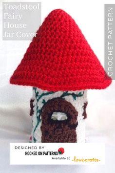A fun light cover crochet pattern from Hooked On Patterns Crochet Fairy, Love Crochet, Crochet Flowers, Crochet Ideas, Crochet Hooks, Modern Crochet Patterns, Pom Pom Maker, Jar Lights, Paintbox Yarn
