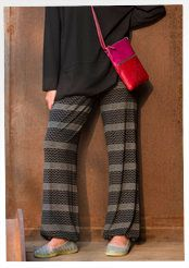 """""""Svingel"""" pants of modal/spandex – Vibrant Gudrun – GUDRUN SJÖDÉN – Webshop, mail order and boutiques Colourful Outfits, Colorful Clothes, Gudrun, Beautiful Outfits, Beautiful Clothes, Trousers, Pants, Home Textile, Leg Warmers"""