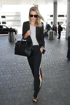 Kate Moss, Gisele Bündchen, Kendall Jenner... Et si on s'inspirait du style des filles en vogue à l'aéroport ? A quelques mois des vacances, petite sélection des meilleurs looks aperçus aux quatre coins du monde.