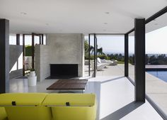 Evans House Modern Home in Los Angeles, California by Bittoni… on Dwell