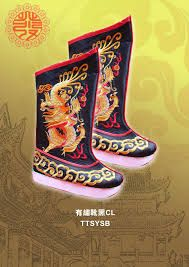 Image result for 乩童 鞋 Shoe Image, Shoes World, Childrens Shoes, Cowboy Boots, Baby Shoes, Medium, Fashion, Moda, Fashion Styles