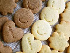簡単★サクッと♪基本の型抜きクッキー by 田んぼイネ 【クックパッド】 簡単おいしいみんなのレシピが319万品 Cute Cookies, Something Sweet, Cute Food, Pie Recipes, How To Make Cake, Deserts, Favorite Recipes, Sweets, Bread