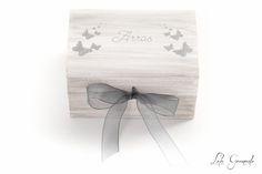 #Caja para llevar las #arras a la #ceremonia, pintada a mano. #Boda Patricia y Sergio. www.lolagranado.com