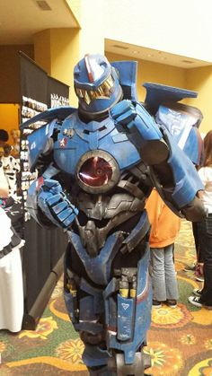 Gipsy Danger by Ryan Clout (Photo by Anabel Martinez)