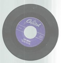 King Cole Trio Sweet Lorraine Kee-Mo Ky-Mo 45 RPM Record Capitol Records #EasyListening
