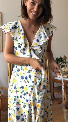 Women Fashion New Fashion Simple Dresses, Casual Dresses, Casual Outfits, Fashion Dresses, Summer Dresses, Casual Chic Style, Dress Patterns, Fashion Design, Clothes