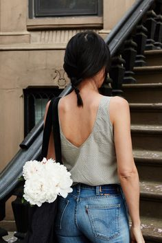 I think its a great idea to always carry fresh flowers in your bag