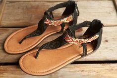 Minnetonka Moccasin T-strap Sandal, Antigua, Black