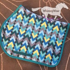 Geometric peacock patterned English saddle pad by WhinneyWear…