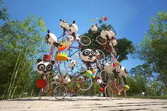 Installation, projet en cours pour un parc à thème sur le panda en Chine. 为一主题公园设计的室外巡游艺术装置。