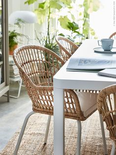 Nilsove eetkamerstoel | IKEA | Everyday living space | Create a light and airy dining room with IKEA furniture | via Accessorize your Home