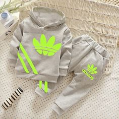 $10.98 (Buy here: http://appdeal.ru/3u5y ) 2016 brand new Autumn Fall Boys clothes sports suit children tracksuit girls T shirt + pants suit Kids clothes 1-4 years for just $10.98