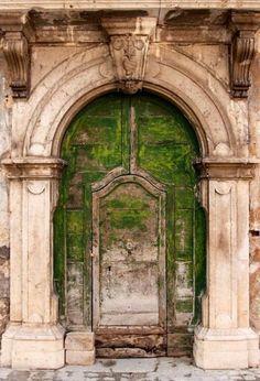 Moss covered door, yes.