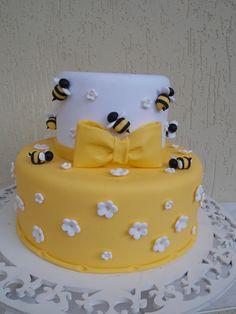 This should Bee my Birthday Cake! Bee Cakes, Fondant Cakes, Cupcake Cakes, Beautiful Cakes, Amazing Cakes, Bumble Bee Cake, Fake Cake, Novelty Cakes, Occasion Cakes