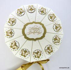 Geschenke für Frauen - Geburtstagstorte Papiertorte mit Schmetterlingen - ein Designerstück von Stempelitis bei DaWanda