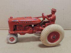 ARCADE CAST IRON ANTIQUE FARMALL TRACTOR FARM OLD VINTAGE TRUCK  HUBLEY KENTON