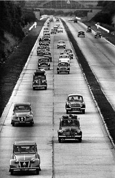 Photo Jeanloup Sieff, routes de France, 1958 ** Remember when the vehicles on the road looked like this?