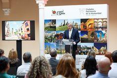 El museo Picasso de Málaga conoce los encantos turísticos de Úbeda y Baeza