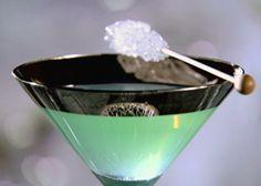 Glacier Cocktail Recipe : Sandra Lee : Food Network - FoodNetwork.com