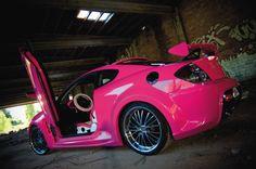 Pink Hyundai Tiburon - Awesome!
