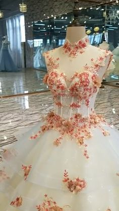 Prepare the season with long wedding dresses 2019 design! It's easier than it seems to create a dress based on your ideas, including the fabrics, colors, sizes and more are customizable. Unusual Dresses, Affordable Prom Dresses, Cheap Prom Dresses, Homecoming Dresses, Luxury Wedding Dress, Modest Wedding Dresses, Cheap Wedding Dress, Wedding Gowns Online, Prom Dresses Online