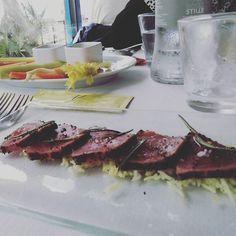 premio meritatissimo... dopo giornate infinite notti insonni e un altro allestimento andato l'ormai abituale tappa alla primasecca ci stava tutta!!!!  #primasecca #tataki #pinzimonio #chefomar #unamicochef #ilmioamicochef #ottimacucinaeottimaospitalitá #verygood #cegusta #vaafinirecheingrasseròcomeunabalena  #food #fish #torrettedifano #igers #igersmarche by marikap_15
