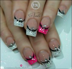 Having short nails is extremely practical. The problem is so many nail art and manicure designs that you'll find online Glam Nails, Hot Nails, Fancy Nails, Pink Nails, Pretty Nails, Hair And Nails, Silver Nails, Nail Art Designs 2016, Colorful Nail Designs
