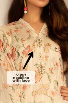 Neck Designs For Suits, Sleeves Designs For Dresses, Neckline Designs, Beautiful Pakistani Dresses, Pakistani Dresses Casual, Pakistani Dress Design, Stylish Dress Designs, Stylish Dresses, Girls Dresses Sewing