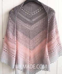 Free #crochet pattern for this Bella Vita #Shawl on wilmade.com