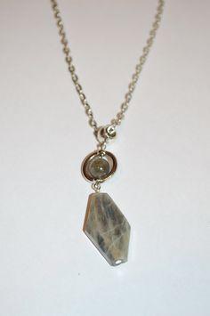 Labradorite Pendant Necklace . Healing Labradorite Necklace . Root Chakra Healing Necklace . Reiki Healing Labradorite Jewelry . by StarshineInnovations on Etsy