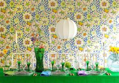 Table setting (wallpaper by Josef Frank) stylist Mikael Beckman (www. Sw 7036, Josef Frank, Beautiful Table Settings, Palette, Interior Design Companies, Interior Stylist, Scandinavian Home, Wall Wallpaper, Flower Decorations