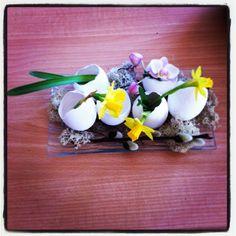 Easter eggs Easter Eggs, Breakfast, Spring, Flowers, Food, Design, Easter Activities, Morning Coffee, Essen