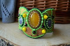 Green Yellow Bead Embroidered Bracelet Agate от TaitallasHandmade