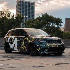 Image may contain: sky, car and outdoor Ford Tarus, Srt Jeep, Car Brands, Jeep Grand Cherokee, Van, Bike, Vehicle Branding, Sky Car, Vehicles